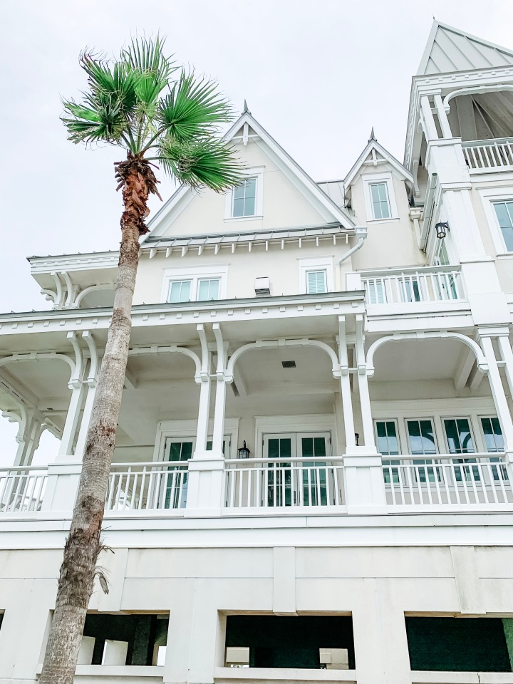 Beachtown - Galveston Travel Guide